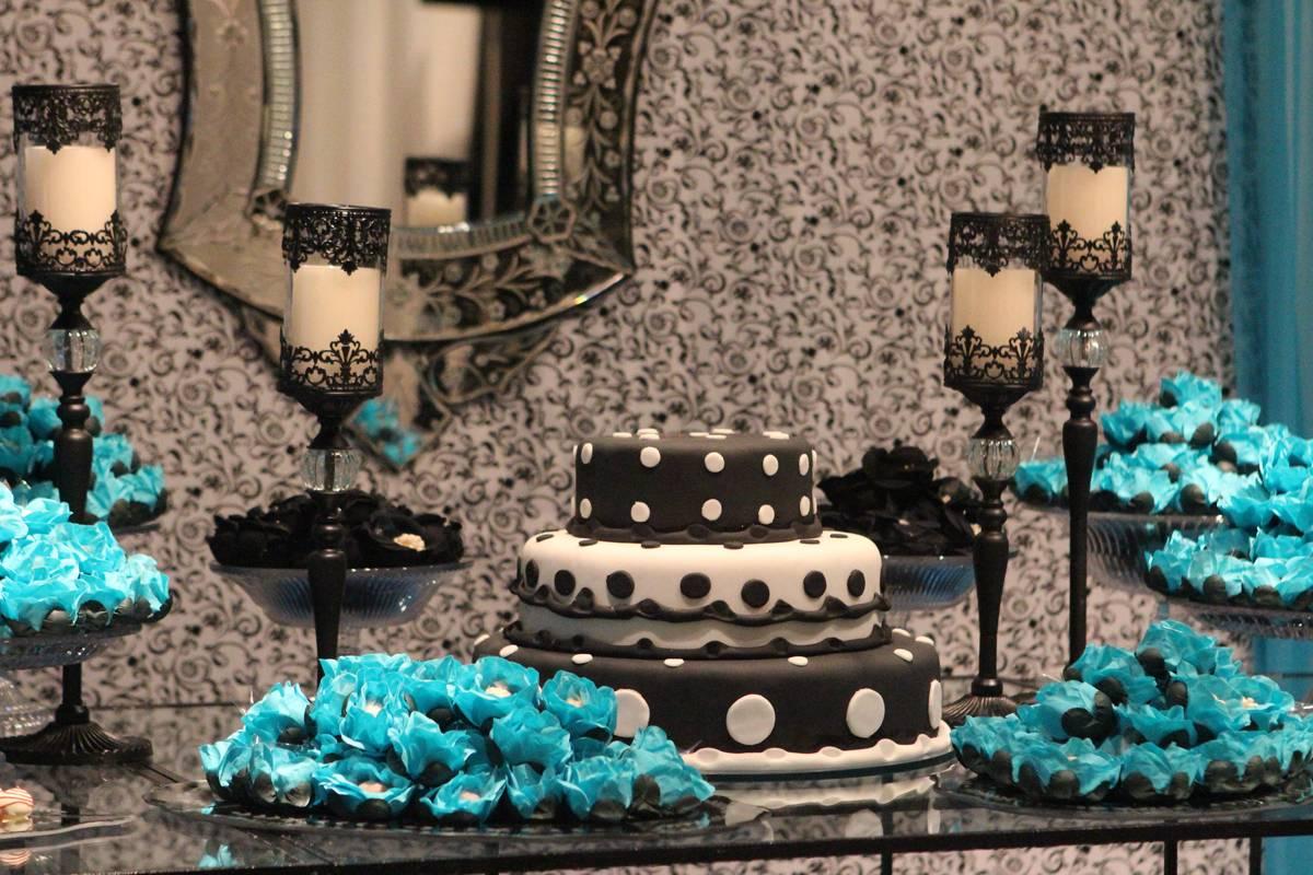 Decoração com Azul Royal, Branco e Preto para 15 anos, Debutantes - Club Lounge
