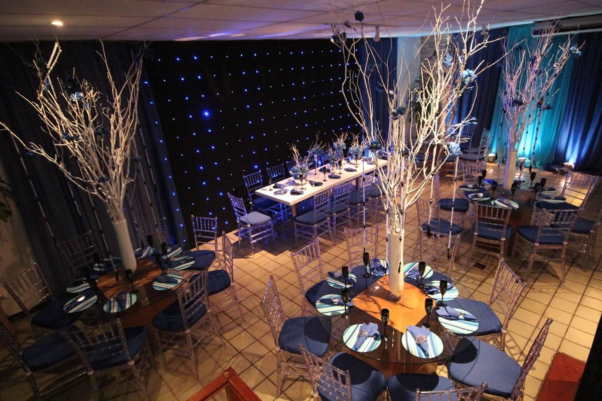 Decoração com Centro de Mesas para Festas de Casamentos e 15 Anos