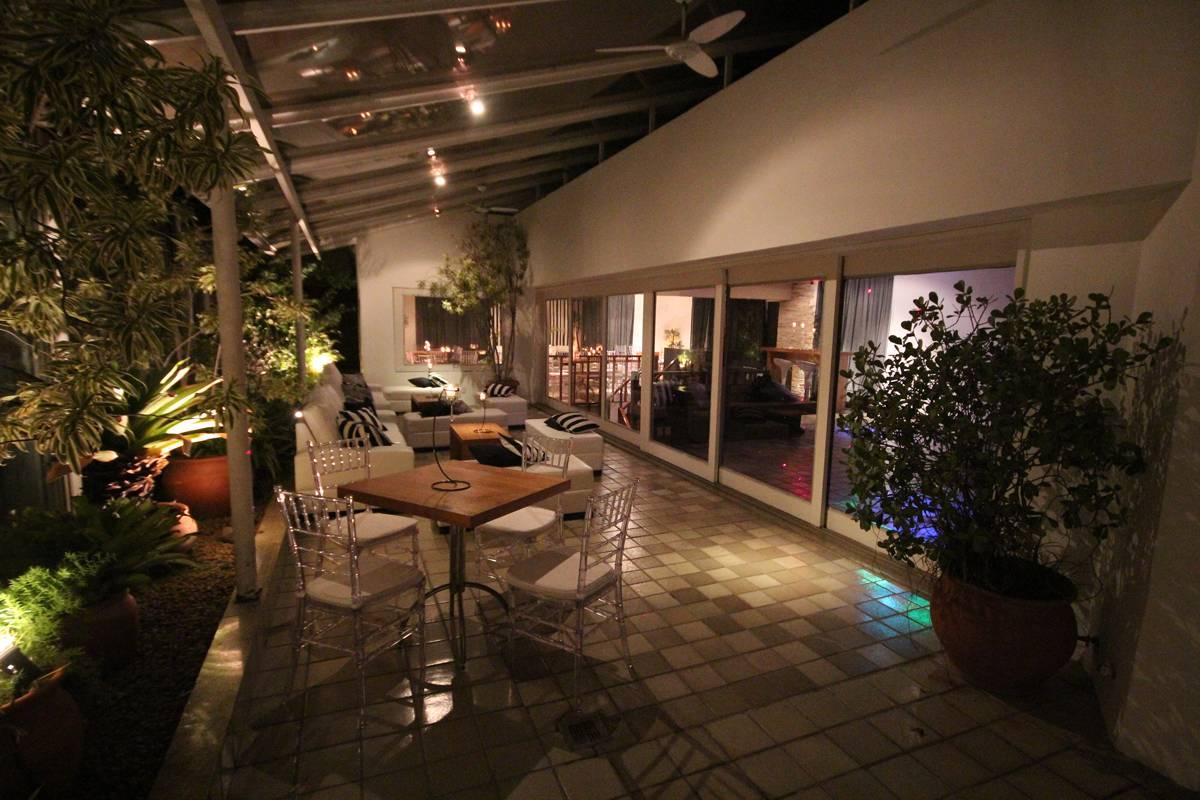 Festas de Casamentos com Mesas em Formatos Diferentes no Espaço Pedra da Gávea - Casa de Festas Club Lounge na Barra da Tijuca - Rj