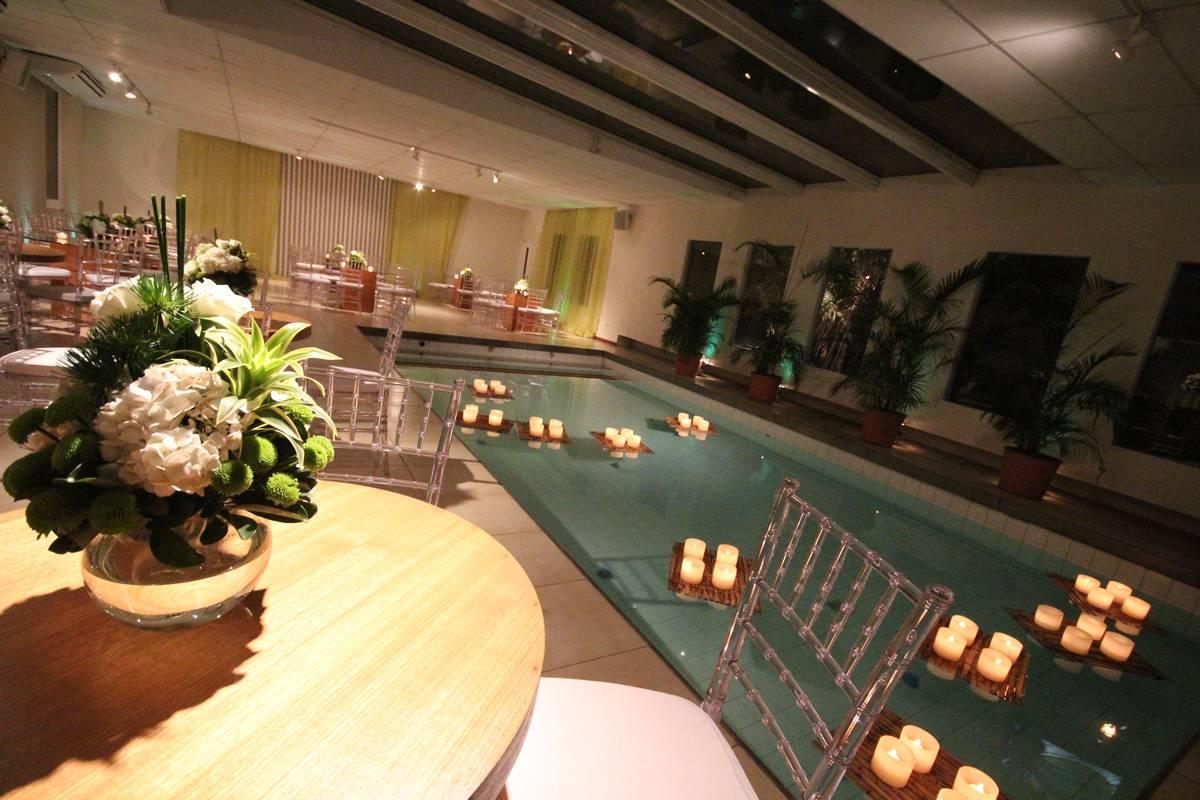Espaço para Festas de Debutantes e Casamentos - Club Lounge Casa de Festas na Barra da Tijuca